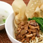 resep mie pangsit solo